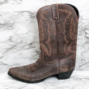 Dingo Brown Distressed Western Cowboy Heeled Boots